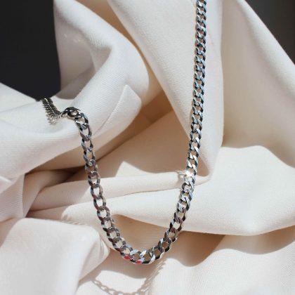 Naszyjnik ze srebra z ksiezycem