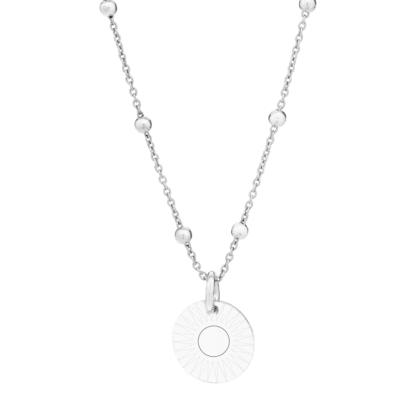 Srebrny naszyjnik z personalizowaną zawieszką grawerem słońce na jasnym tle