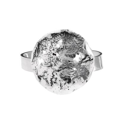 Srebrny pierścionek Księżyc biżuteria autorska ręcznie robiona.