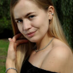 Projektantka biżuterii autorskiej Monika Bednarek